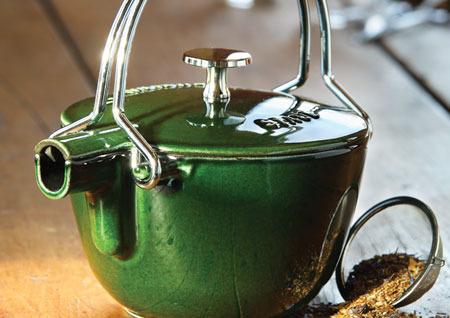 staub-teapot-comerconlila