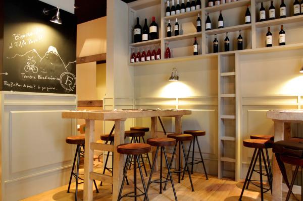 El filete ruso for Ideas para decorar un bar rustico