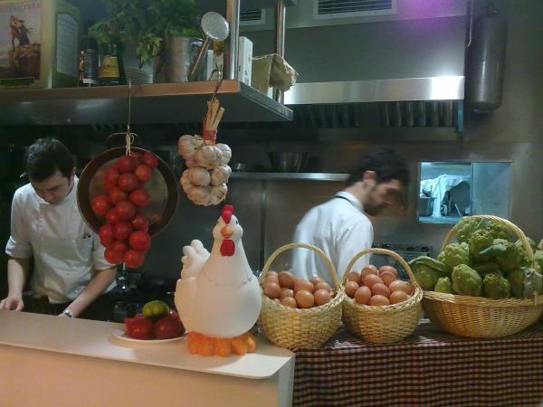 tapeo-anemdetapas-cocina-comerconlila