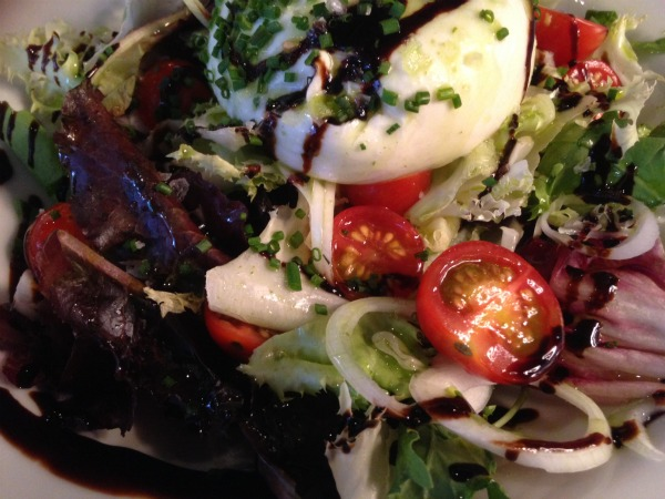 ensalada-mozzarella-lamonroe-comerconlila