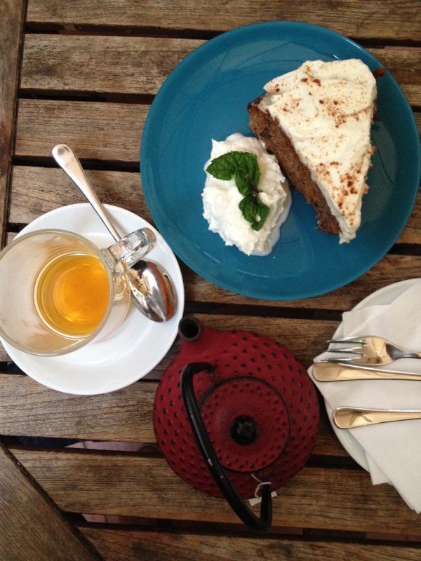 mamascafe-carrotcake-comerconlila