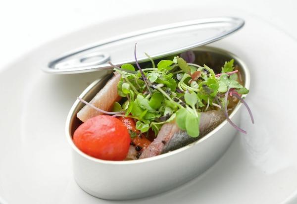 sardinas-marinadas-cena-de-los-malditos-comerconlila