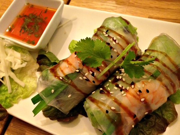 rollitos-vietnamitas-restaurante-banna-comerconlila